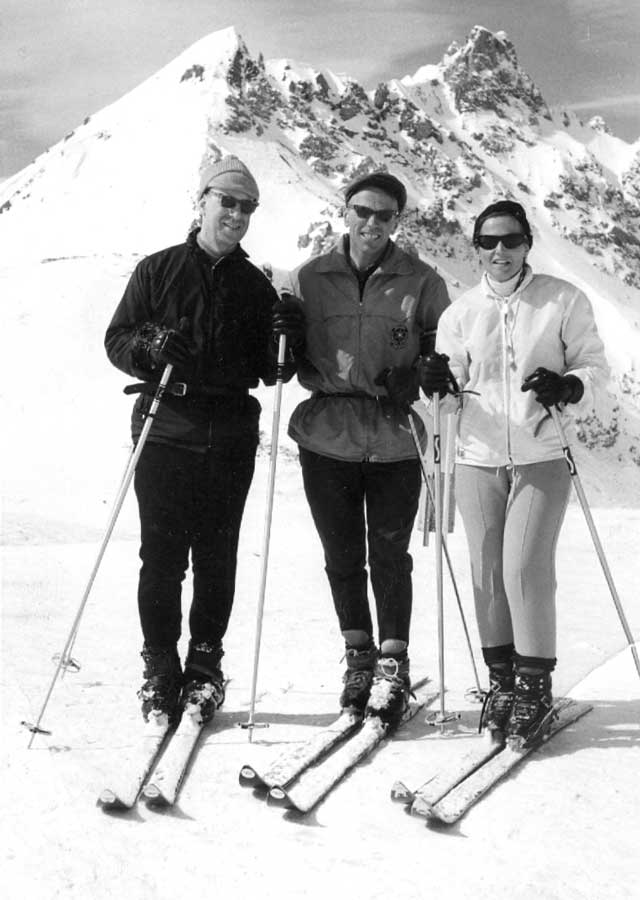 Sheila and Bob skiing